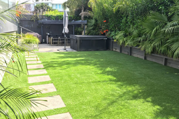 Mairangi Bay - Residential Turf After