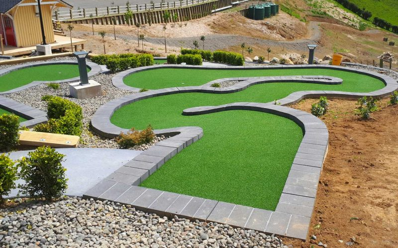 Hillsborough Mt Panorama Mini Golf Hole 6