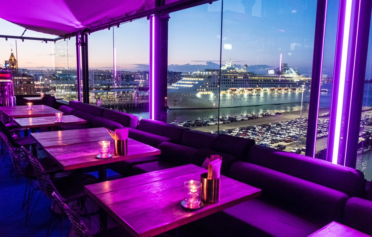 Artificial turf restaurant and bar